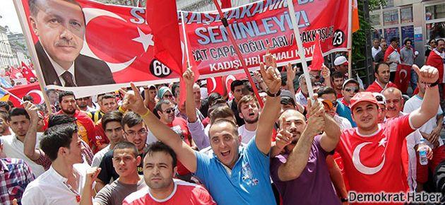 almanyada_erdogana_destek_mitingi