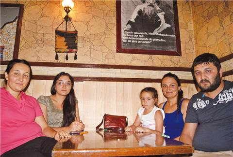 elif-kaya-ailesi