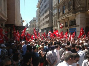 gozalti-protesto