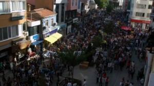 Kütahya'da Protestocu gruba polisten aðýr müdahale