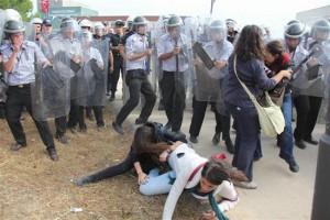 b.arinc-protesto-polis