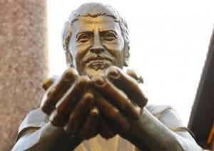Ali ismail korkmaz heykeli