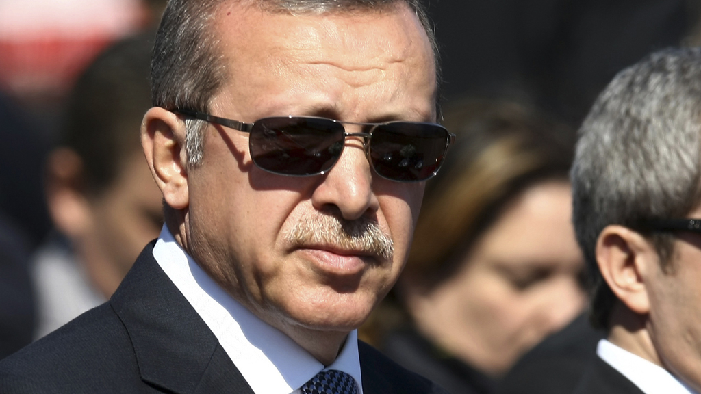 Erdogan attends a ceremony marking the 99th anniversary of the end of the Gallipoli campaign in Gallipoli